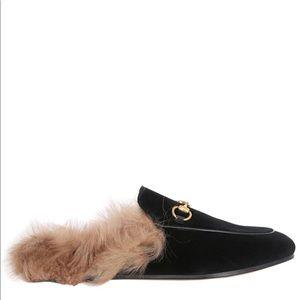 Shoes - Black velvet loafers